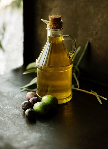 Jaitun Ke Tel Ke Fayde, Olive Oil in Hindi