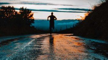 Fast Running Tips in Hindi, Running Speed Kaise Badhaye