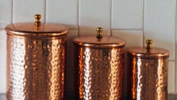 Benefits and Side Effects of Drinking Water in Copper Vessel in Hindi