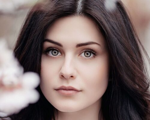 How to Look Beautiful Without Makeup in Hindi