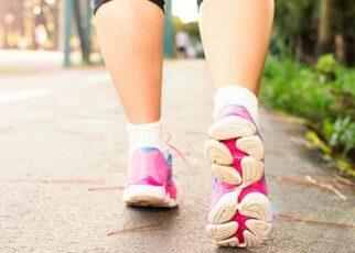 Benefits of Walking in Hindi